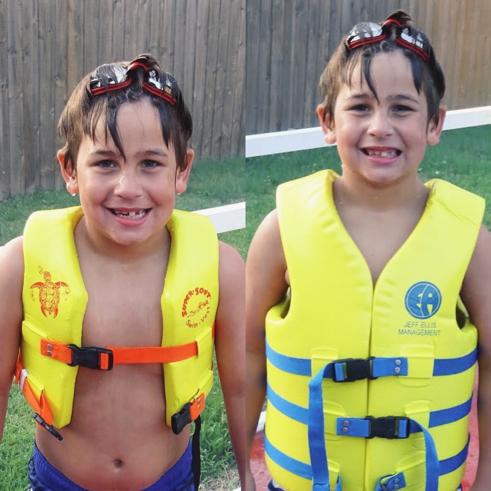 children wearing incorrectly sized lifejackets