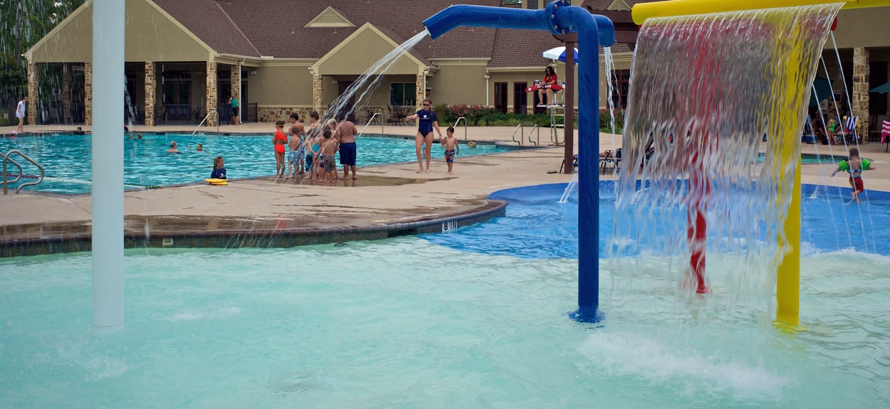 Benders Landing Estates pool