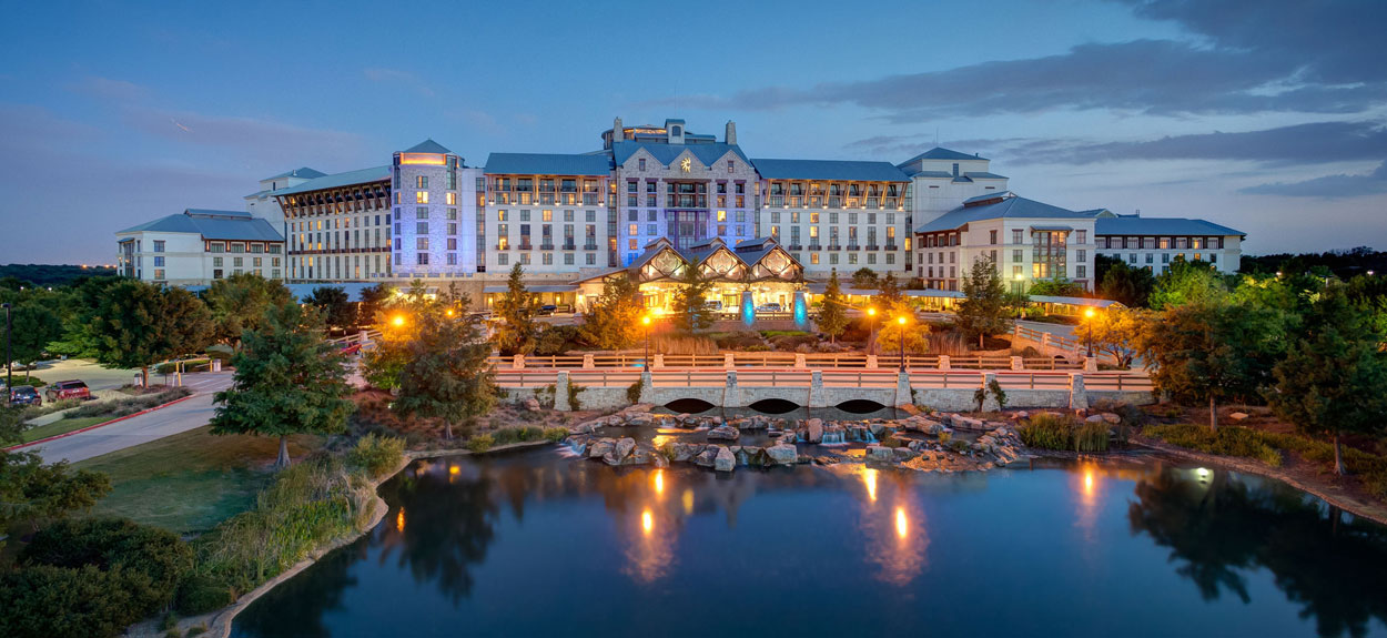 Gaylord Texan Resort - Paradise Springs