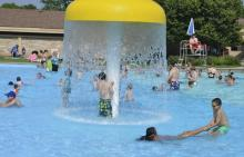 Libertyville - Adler Pool